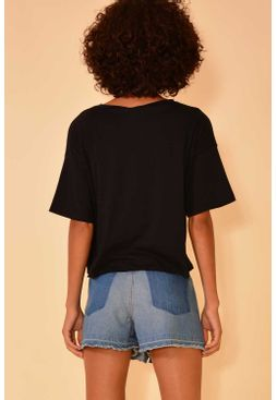 02011801_0002_4-BLUSA-WHAT-IS-STOPPING-YOU