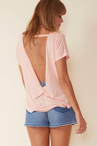 02032902_0009_1-BLUSA-BASIC-DECOTE-COSTAS