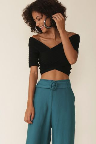1aaa436d2 Blusa Cropped Tricot Ombro   224  Ombro - Preto