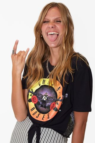 02011944_0002_1-BLUSA-CROPPED-MANGA---GUNS-N--ROSES-NO